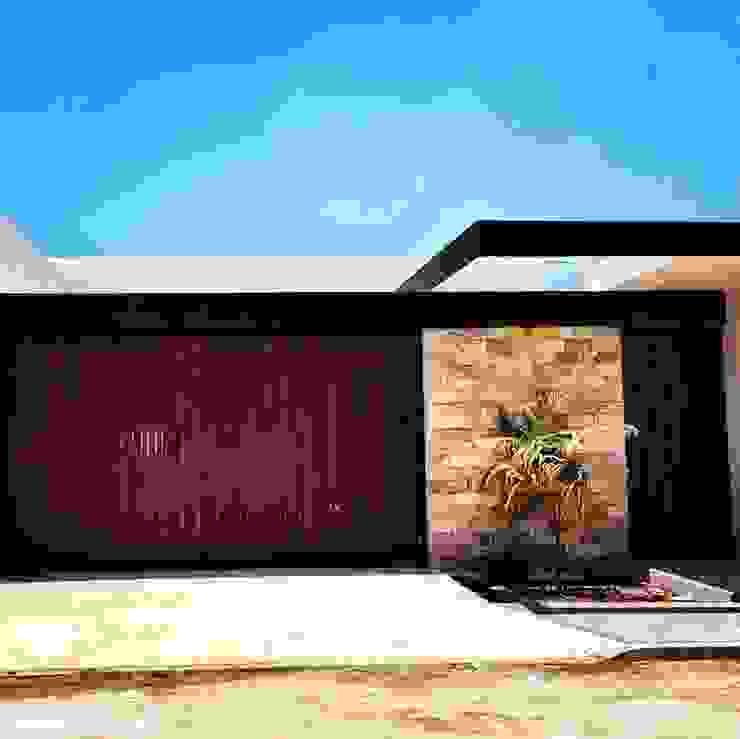 Modern houses by TOAR INGENIERIA Y DISEÑO Modern