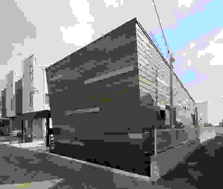 月の耀う家 モダンな 家 の 港設計一級建築士事務所 モダン