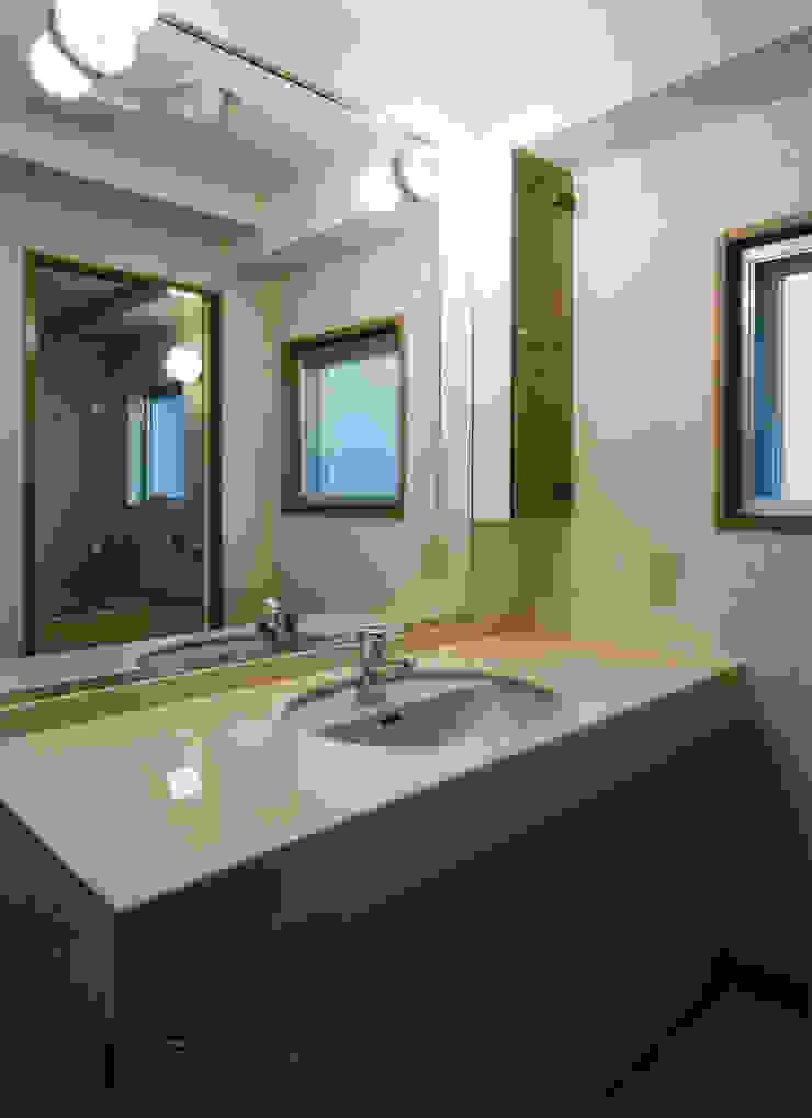 N邸+賃貸集合住宅 オリジナルスタイルの お風呂 の プランニングシステム株式会社 オリジナル 磁器