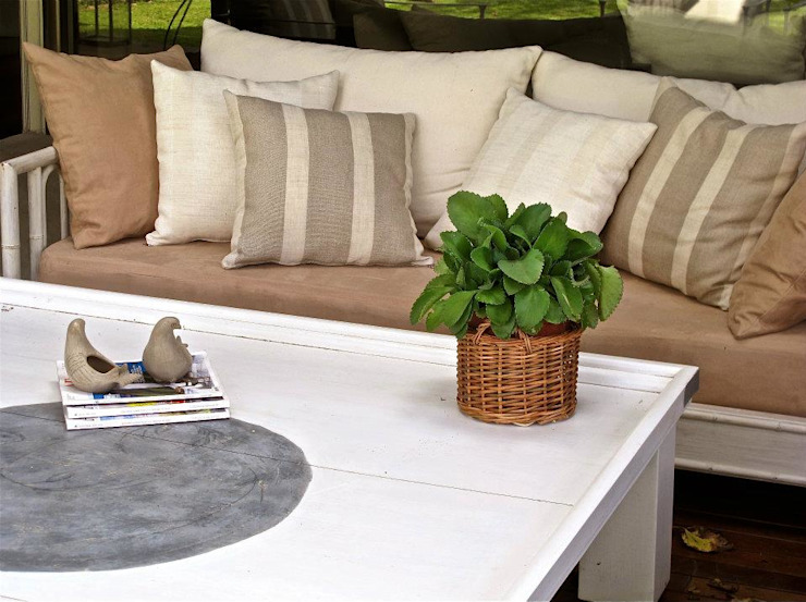 Estudio AJEDREZ Modern balcony, veranda & terrace