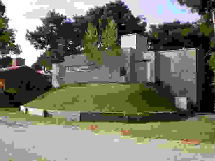 Casa Pinamar -Fragata 25 de Mayo Casas modernas: Ideas, imágenes y decoración de Ardizzi arquitectos Moderno