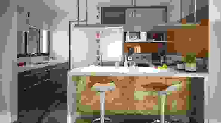 Project of small house by the lake Cocinas modernas: Ideas, imágenes y decoración de Rodriguez Pons & Partners Moderno