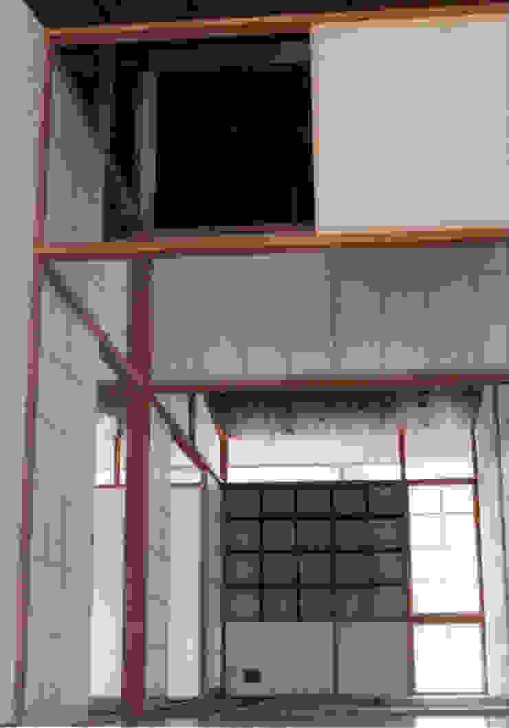 施行事例3 モダンスタイルの 玄関&廊下&階段 の 株式会社 北川原環境建築設計事務所 モダン