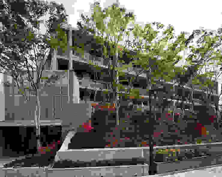 施行事例4 モダンな 家 の 株式会社 北川原環境建築設計事務所 モダン