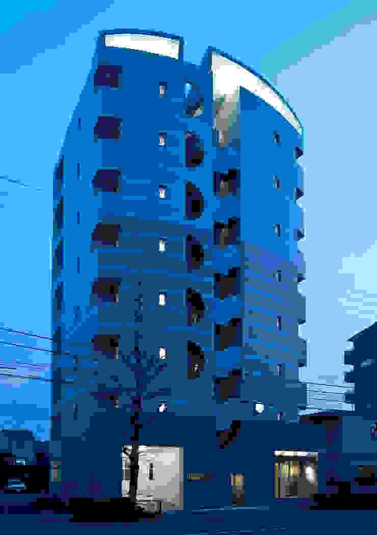 シャンドール小堀 モダンな 家 の nakajima モダン