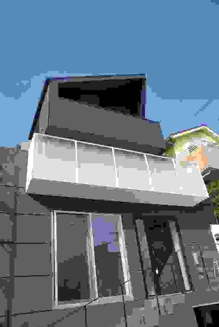 美しが丘二丁目ハウス モダンな 家 の nakajima モダン