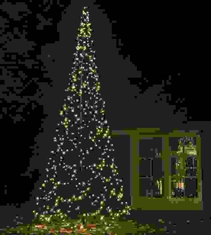 XMAS TREE 4,2M 640LEDs od SOLAR Lighting - Powered by Nature! Nowoczesny Żelazo/Stal