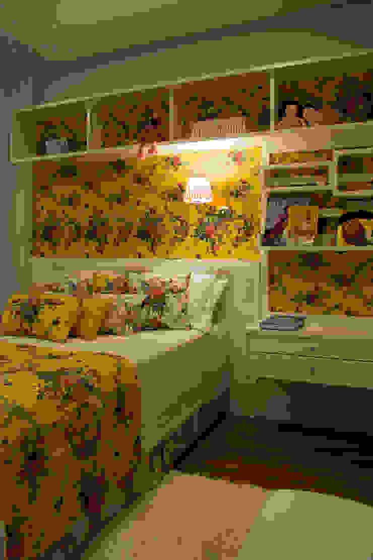 Dormitório Menina Quartos campestres por ARQ Ana Lore Burliga Miranda Campestre Têxtil Ambar/dourado