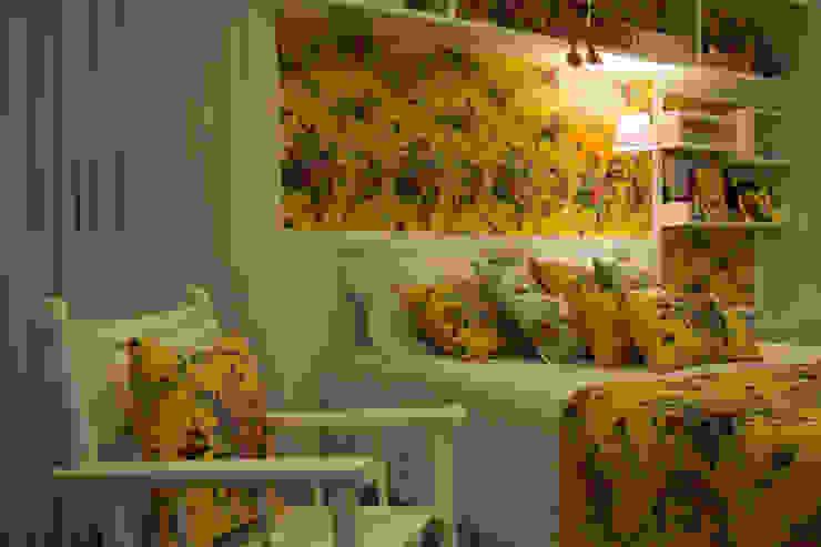 Dormitorios de estilo  de ARQ Ana Lore Burliga Miranda