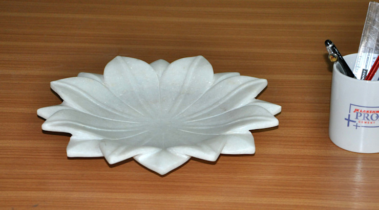 """12"""" White Marble Lotus Leaf  Coffee Table/Dinning Table Decorative Handmade Fruit Bowl: modern  by india stone,Modern Marble"""