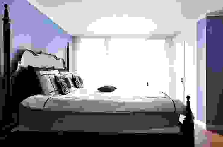거실을 서재로 서재를 거실로 모던스타일 침실 by housetherapy 모던