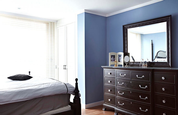 Bedroom by housetherapy,