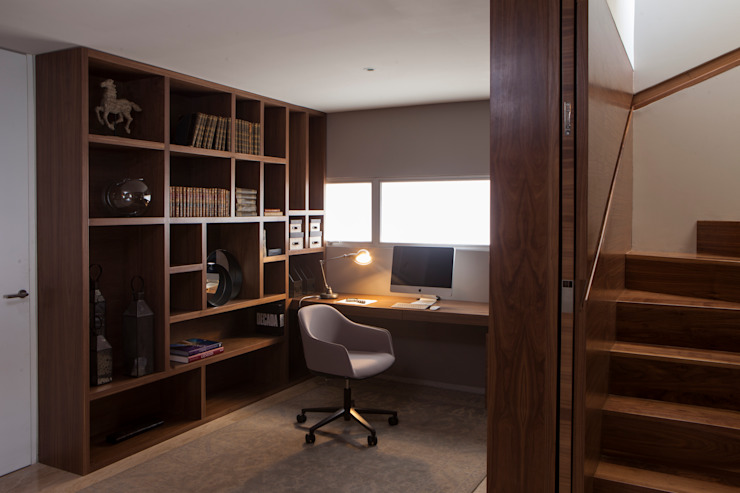 Modern Study Room and Home Office by Basch Arquitectos Modern