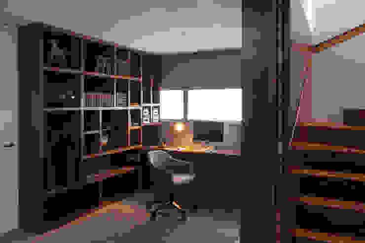 Proyecto PH Las Flores Estudios y despachos modernos de Basch Arquitectos Moderno