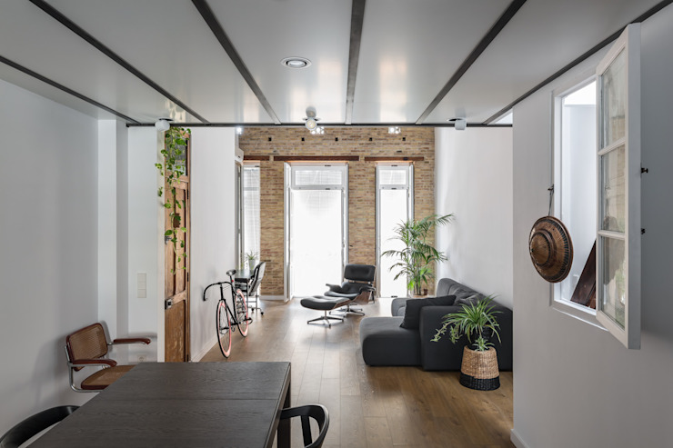 Modern houses by amBau Gestion y Proyectos Modern