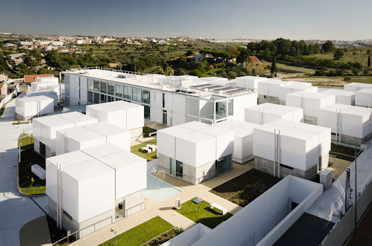 Casas de estilo mediterráneo de guedes cruz arquitectos Mediterráneo