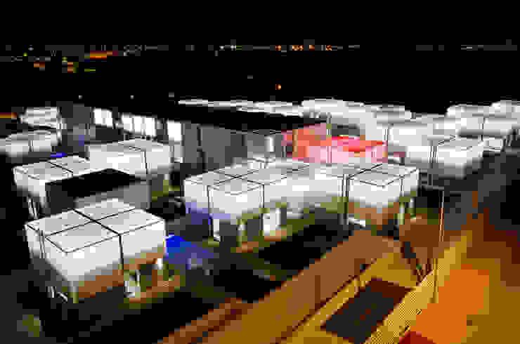 Vista Exterior Noite Casas mediterrânicas por guedes cruz arquitectos Mediterrânico