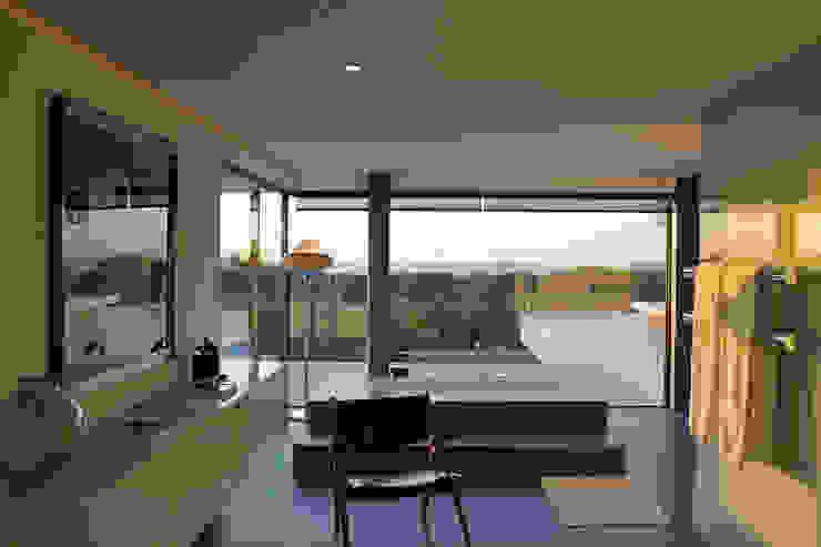 Minimalistyczna łazienka od guedes cruz arquitectos Minimalistyczny