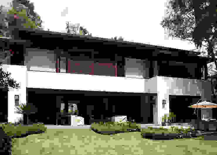 Casa Real de las Lomas 1- Boué Arquitectos Casas modernas de Boué Arquitectos Moderno