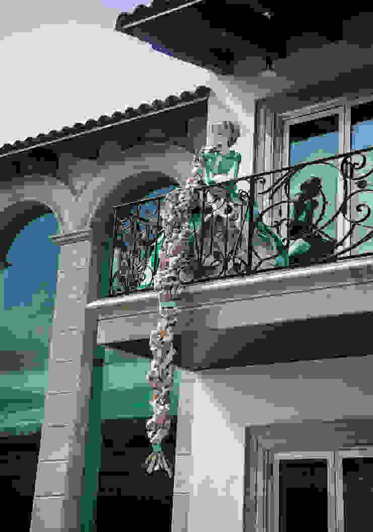 Centro Cultural Pedro López Balcones y terrazas modernos de AMOATO STUDIO SA DE CV Moderno