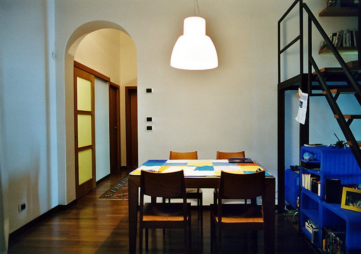 Modern dining room by Nicola Sacco Architetto Modern