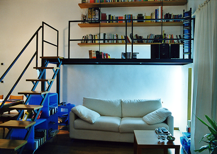 Industrial style living room by Nicola Sacco Architetto Industrial Iron/Steel