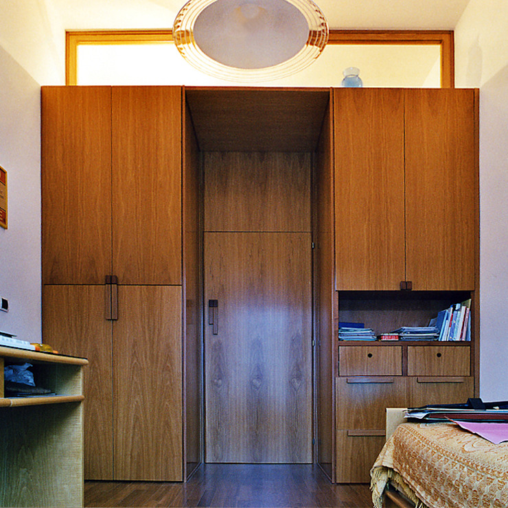 Modern study/office by Nicola Sacco Architetto Modern Wood Wood effect