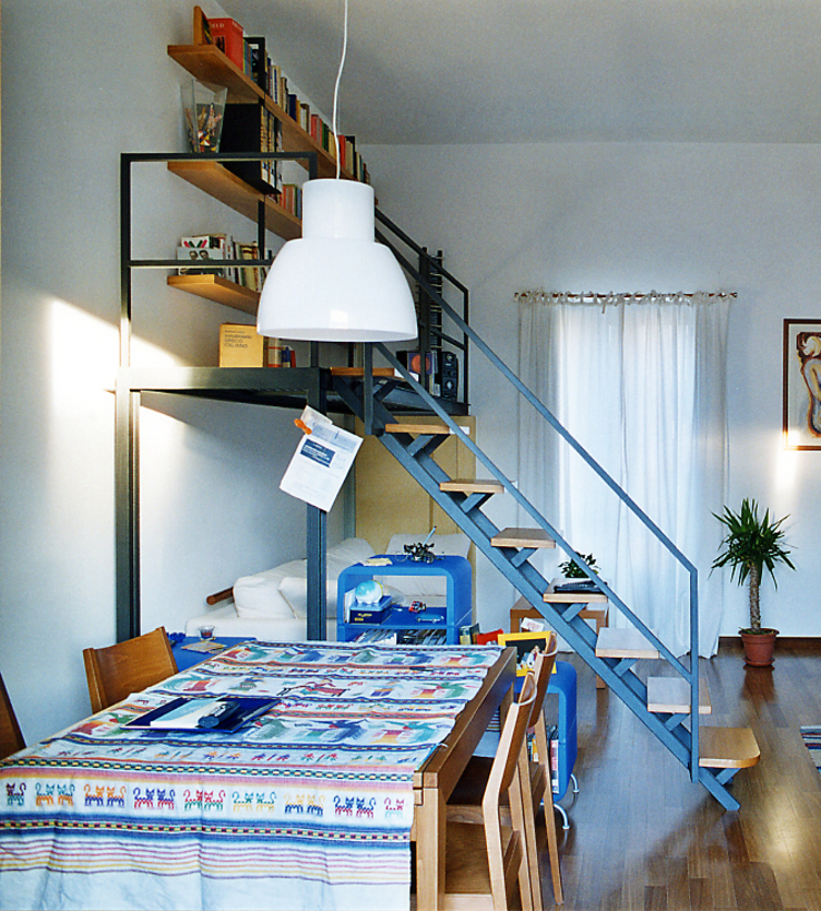 Modern living room by Nicola Sacco Architetto Modern Iron/Steel