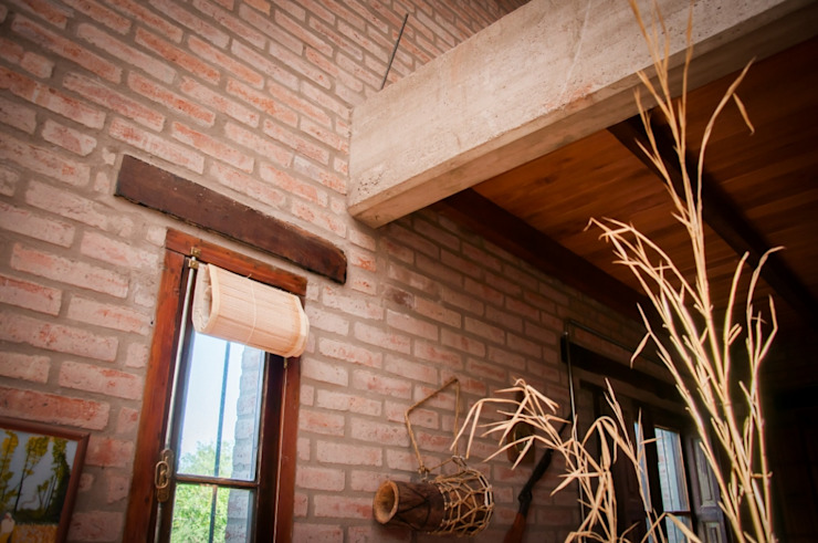 Rustic style walls & floors by Abitar arquitectura Rustic