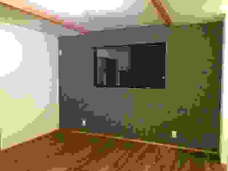 寝室: TIEN natural comfort design roomが手掛けた折衷的なです。,オリジナル