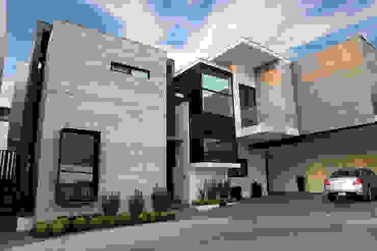 Fachada Principal Casas modernas de WRKSHP arquitectura/urbanismo Moderno Caliza