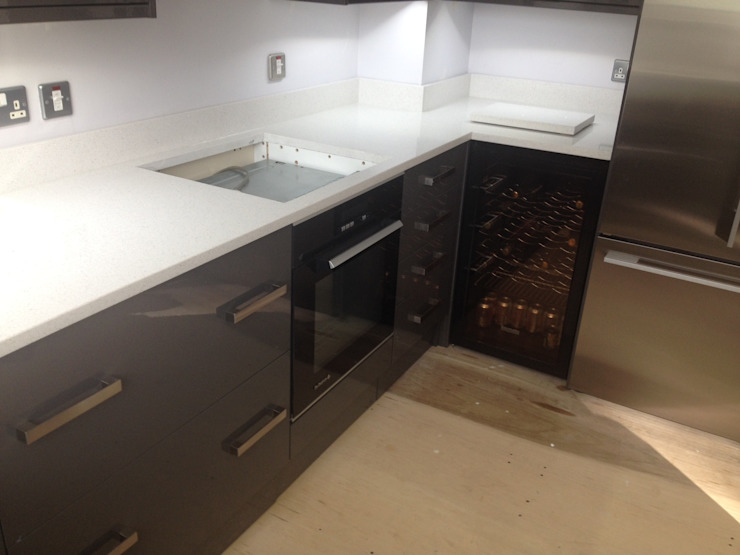 Worktops Cocinas de estilo moderno de Marbles Ltd Moderno