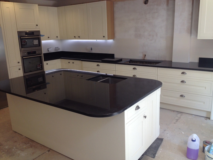 Polished Absolute Black Granite Classic style kitchen by Marbles Ltd Classic