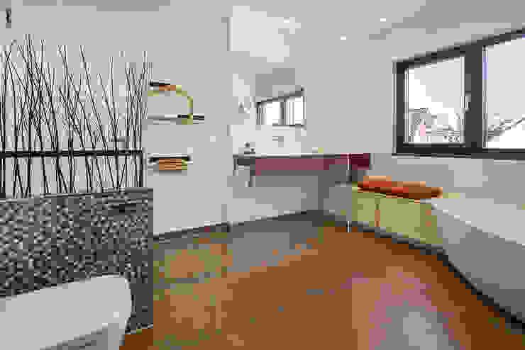 Lopez-Fotodesign Baños de estilo moderno Beige