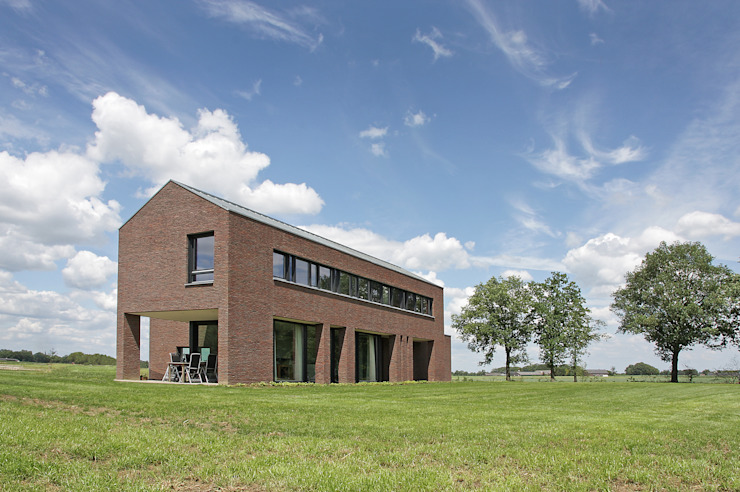 Country style house by BenW architecten Country Stone
