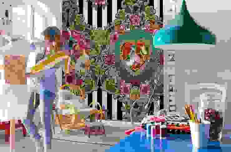 de estilo  por Intense mobiliário e interiores;, Moderno