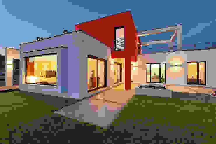 Lopez-Fotodesign Modern balcony, veranda & terrace White