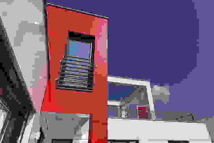 Lopez-Fotodesign Modern houses Red