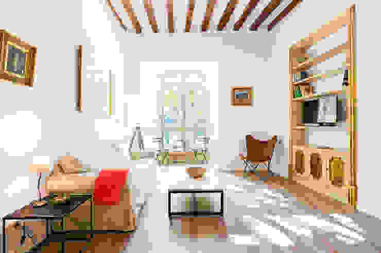 Livings de estilo moderno de ISLABAU constructora Moderno