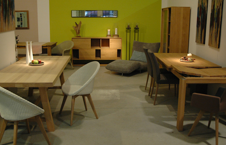 Dining room by Room & Garden GmbH, Classic Wood Wood effect