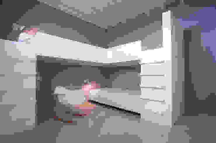 Penthouse HT Palma Dormitorios infantiles de estilo minimalista de ISLABAU constructora Minimalista
