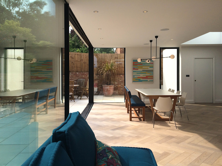 East Finchley Modern windows & doors by IQ Glass UK Modern