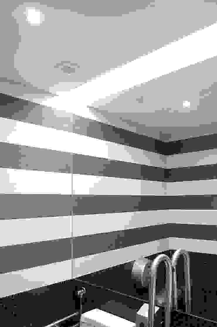 WC - Depois por Critério Arquitectos by Canteiro de Sousa