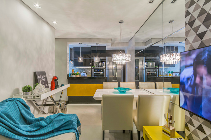 Living compacto: Salas de estar  por Lo. interiores