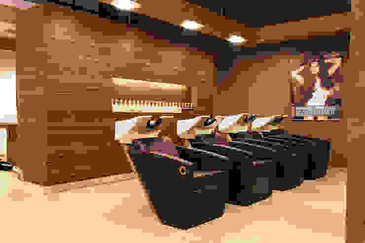 Kapsalon Almere Moderne winkelruimten van DecoLegno Modern Spaanplaat