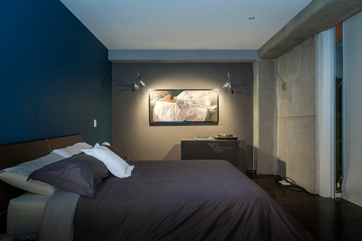 Eclectic style bedroom by MAAD arquitectura y diseño Eclectic