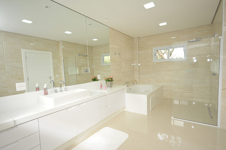 حمام تنفيذ Belisa Corral - Arquitetura & Interiores