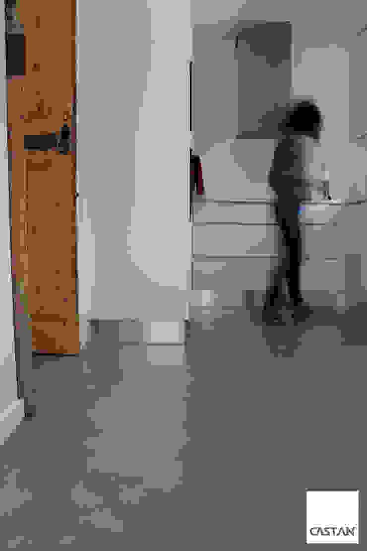 Castan Rustic style kitchen