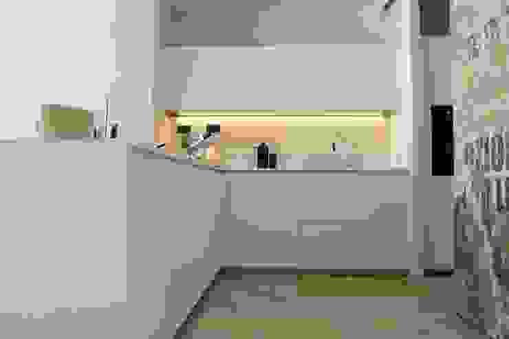 Moderne Küchen von LTAB/LAB STUDIO Modern