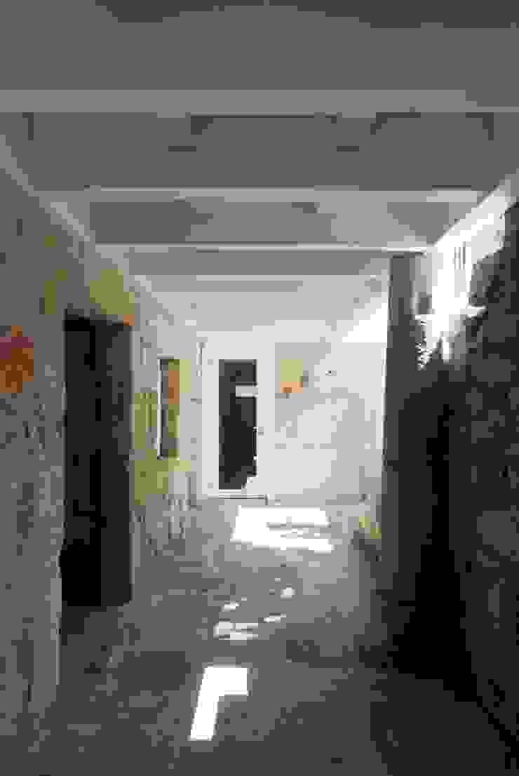 bAse arquitetura Pasillos, vestíbulos y escaleras de estilo clásico